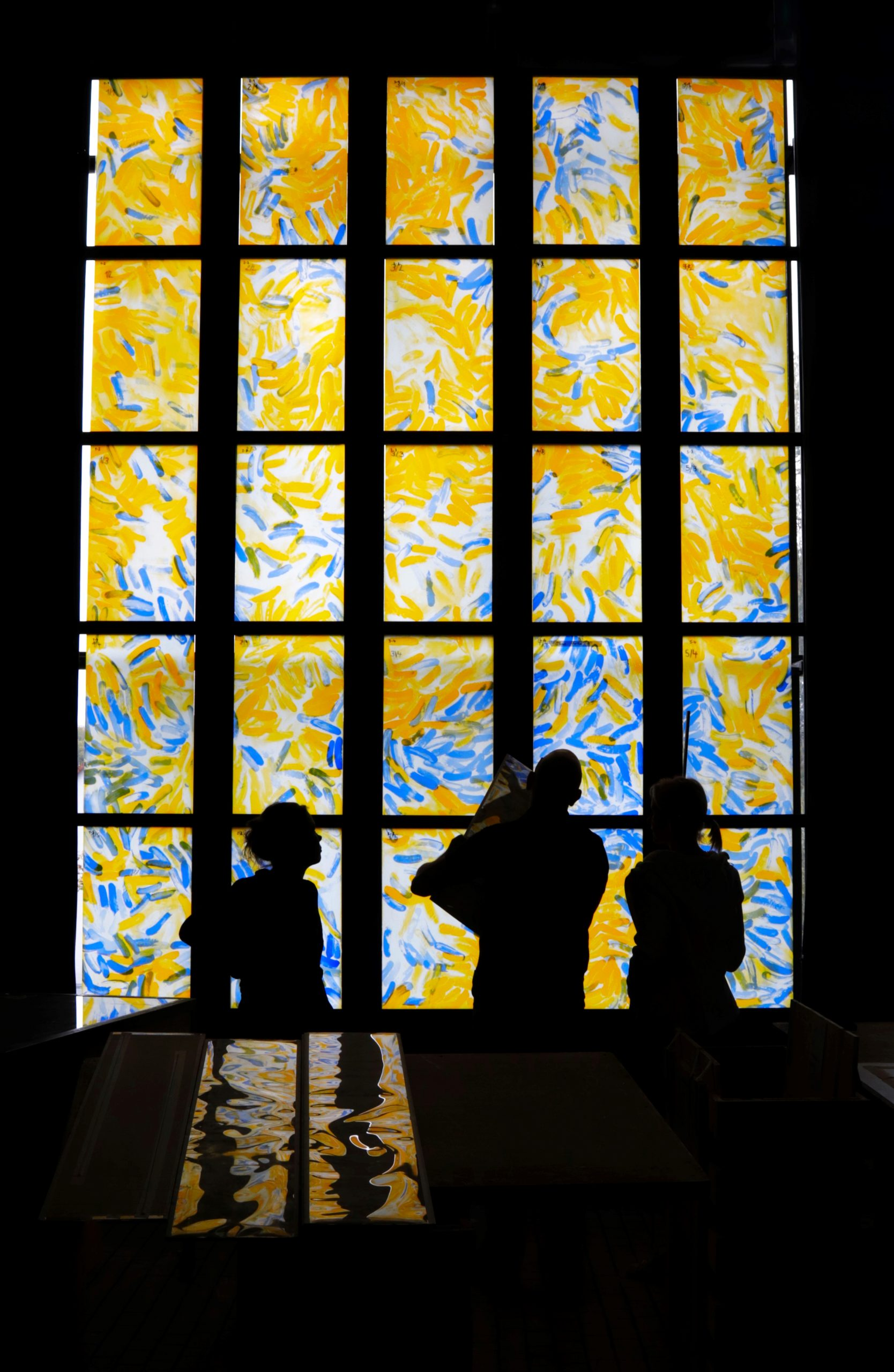 Glaskunst im Detail - Glasbaldachin von Susanne Krell in Bern