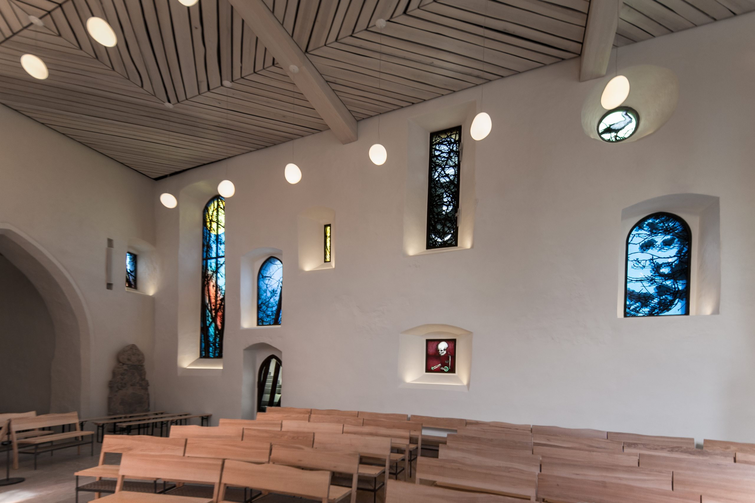 Übersicht über die Fenster der Kirchenburg Walldorf, Künstler Julian Plodek